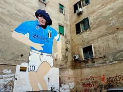 Streets of Naples (oiZox) Tags: urbano fotourbana urban napoli napoles napule naples streetphotagraphy italy italia maradona d10s color graffiti murales streets