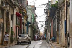 Cuba- La Habana (venturidonatella) Tags: cuba lahabana lavana avana habana street strada streetscene streetlife caraibi caribbean isola colori coloisland nikon nikond500 d500rs emozioni persone people gentes auto car