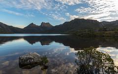 Setting sun on Cradle Mountain (Ralph Green) Tags: australia cradlemountain lakedove tasmania clouds lake landscape mountains reflections rocks settingsun water