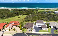 15 Galleon Grove, Caves Beach NSW