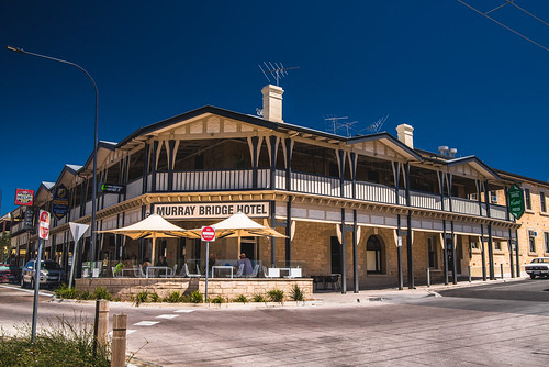 Every Heritage Place 473: Murray Bridge Hotel