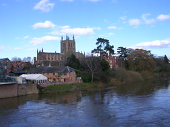 DSCN5901 (southglosguytwo) Tags: 2018 city clouds hereford march sky riverwye cathedral