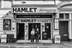 Hamlet #37 (Streets.and.Portraits) Tags: london england unitedkingdom gb hamlet shakespeare street people theatre haroldpinter roberticke blackwhite monochrome bw nikon d7200 andrewscott greatbritain