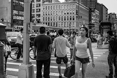 New York Bebe (Urban Footfall - Street Photography) Tags: newyork canalstreet nyc manhattan chinatown streetphotography peoplephotography woman man attractive person street bw blackandwhite
