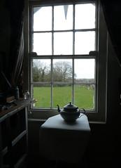 Window (ART NAHPRO) Tags: studio window sussex tea pot sash vintage field tree view