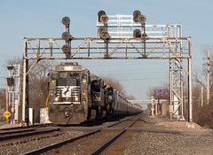 Classics (Chicago Line Railfan) Tags: ns 309 norfolk southern 8826 chicago line cd253 nyc signals signal bridge