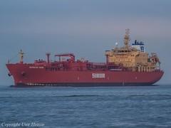 Navigator Yauza (U. Heinze) Tags: cuxhaven elbe nordsee ship schiff vessel olympus boot boat