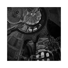 Χριστός ἀνέστη! (fusion-of-horizons) Tags: hagia sophia ayasofya αγία σοφία museum church mosque orthodox architecture byzantium byzantine istanbul constantinople κωνσταντινούπολη turkey europe islam christianity ottoman unesco worldheritage muslim empire fatih history biserica arhitectura dome constantinopolitan bizantin byzantin byzanz byzantinisch orthodoxy ορθοδοξία ορθόδοξοσ cupola arhitectură bizantină βασιλεία ῥωμαίων ῥωμανία архитектура византии βυζαντινή eastern roman κωνσταντινούπολισ greek cami camii islamic osmanli isidoreofmiletus anthemiusoftralles interior lateantiquity fisheye patriarchal basilica cathedral imperial holywisdom νενίκηκάσεσολομών pendentives scaffolding middleages reverberation easter paste