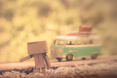 Vacation time (Ro Cafe) Tags: 52semanas52palabras autostop dambo outdoors toys transportes van garden hitchhike miniatures setup transportation nikkormicro105f28 nikond600
