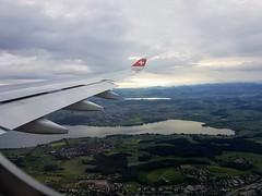 Swiss Südanflug Zürich Kloten (ZRH) (gieri.kohler) Tags: swiss zuerich zurich greifensee pfaeffikersee suedanflug zuerichkloten a330 aerial switzerland airbus