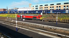 Engineering Train 66 230 at Dundee Station (ianburgess129) Tags: engineering train 66 230 66230 dundee station