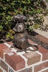 DSC_5290 (Copy) (pandjt) Tags: roadtrip unitedstates usa southcarolina conway conwaysc bronzesculpture sculpture publicart maisiethemouse brittanyclark mouse bronzemouse
