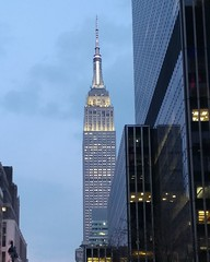 Empire State Building at Dusk (Expatnortherner) Tags: nyc nylife empirestatebuilding nyclife