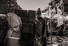 Auxiliary (Tom Levold (www.levold.de/photosphere)) Tags: fuji fujix100f marokko morocco x100f zagora market people candid portrait markt porträt bw sw junge boy karren cart