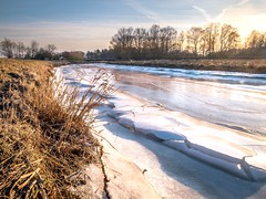 Icy river! (boppin.mule) Tags: travel nature 荷兰 nederland netherlands drenthe storm frozen river ice 冬天 winter rural countryside 风机 landscape 日落 sunshine sunset