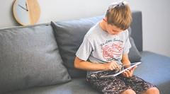 Ado et procrastination : 3 conseils pour passer à l'action ! (HopToys) Tags: la procrastination qu'est ce que c'est avoir tendance à perdre son temps ou remettre plus tard des tâches importantes il voudrait bien faire ses devoirs mais juste avant serait tentant de fouiner un peu sur facebook non et peut être aussi jouer nouveau jeu …
