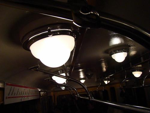 Старый вагон питерского метро ©  ayampolsky