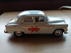 Simca Aronde Geneviève 1954 (Jack 1954) Tags: car simca ancêtre miniature