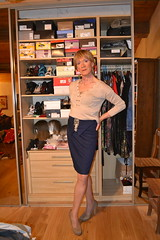 DSC_0028 (magda-liebe) Tags: crossdresser travesti tgirl skirt shoes highheels french stockings