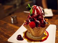 Mixed Berry Sundae (Long Sleeper) Tags: sweets dessert food cafe brooklynparlor sundae berrysundae mixedberrysundae icecream fruit berry berries waffle wafflebowl shinjuku tokyo japan dmcgf1