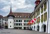 Rathausplatz Thun (Hans van Bockel) Tags: hansvanbockel nikon p7700 sigriswil zwitserland thun bern ch rathausplatz rathaus stadhuis hotel restaurant krone schloss