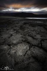La naturaleza a larga exposición. (Fotografias Unai Larraya) Tags: paisajes ngc lagos yesa largaexposición atardecer naturaleza aragón arena texturas huesca