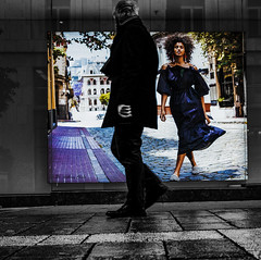 Pubblicità (alessandrochiolo) Tags: sicilia siciliabedda street streetphoto sicily streetphotografy biancoenero bw bn blackandwhite fujifilm fuji fujixt20