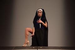 IMGP5076 (i'gore) Tags: montemurlo teatro fts salabanti fondazionetoscanaspettacolo donna donne libertà felicità ritapelusio satira ironia marcorampoldi pemhabitatteatrali
