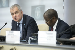 12152h0373 (FAO News) Tags: directorgeneral italy europe globalreport rome