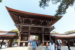 20180404 Meiji Jingu gate (chromewaves) Tags: fujifilm xt20 samyang 12mm f20 ncs cs xf tokyo japan harajuku yoyogi park meiji jingu shrine
