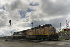 Unusual job today (Tom Trent) Tags: c4460ac ac4460cw f59phi diesel emd ge lanecounty amtrakcascades clouds unionpacific oregon eugene passenger
