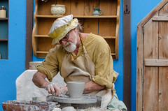 Pottery (Kevin MG) Tags: people costure renaissancefaire renaissance renfaire faire costumes actors performers man ceramics creation art pottery pot