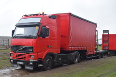 DSC_0016 (richellis1978) Tags: truck lorry haulage transport logistics cannock circus fantasia show big top volvo fh fh1 fh12 s283crr