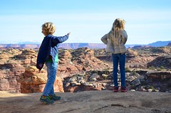 The Kids On The Slickrock Trail (Joe Shlabotnik) Tags: nationalpark utah violet 2017 canyonlands everett november2017 canyonlandsnationalpark afsdxvrzoomnikkor18105mmf3556ged
