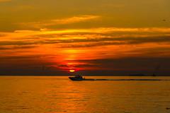 Go fishing (dayonkaede) Tags: nikon d750 2401200mm f40 fishing morning boat ocean solar sunrise cloud