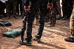 N K I E special force (rvjak) Tags: irak iraq special force shoes chaussures forces spéciales kurdistan war guerre kurdish kurde humour humor weapon gun fusil arme d750 nikon contrefaçon counterfeiting nike