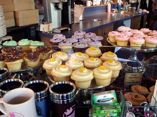 Lotsa cupcakes from Cupcake Royale
