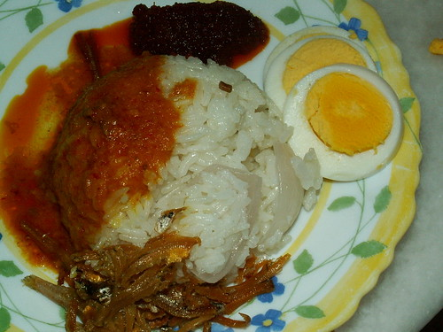 nasi lemak - home cooked, of course