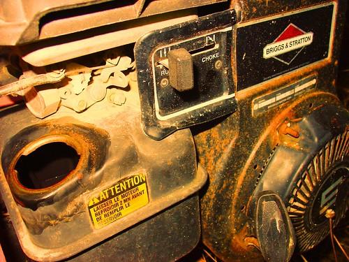 briggs & stratton air-cooled gasoline engine!
