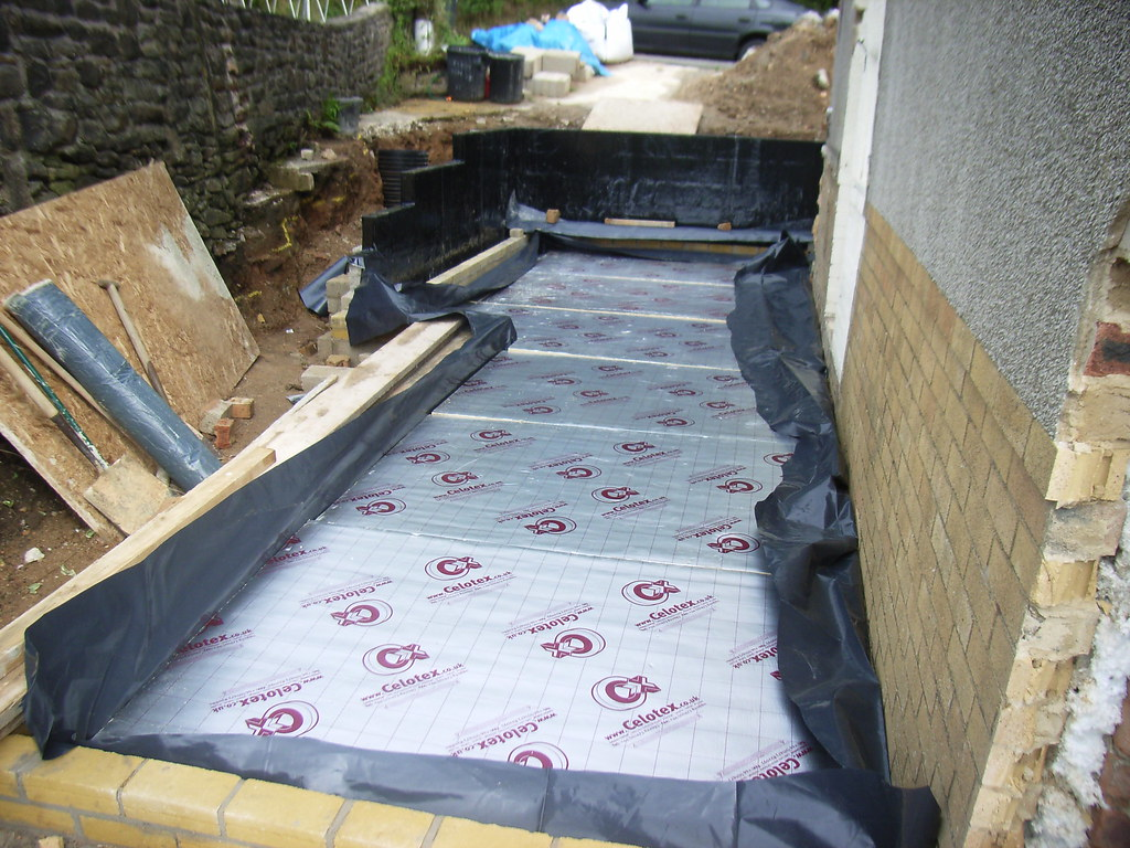Damp proofing concrete floor for Concrete floor insulation