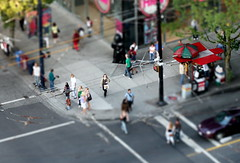 corner faux tilt-shift (Automatt) Tags: vancouver corner umbrella interestingness fake shift mini moo robson tilt tiltshift fave10 qoop06