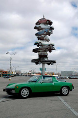 Spindle (Friendly Joe) Tags: sculpture chicago porsche spindle porsche914 914 explored