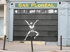 by Jérôme Mesnager @ Belleville (tofz4u) Tags: streetart paris bar closed mesnager rideau bistrot artderue 75020 jérômemesnager floréal