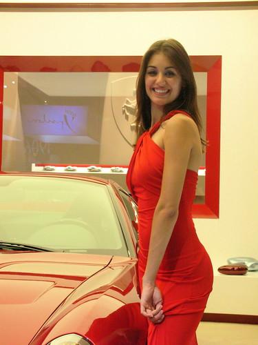 Hotesses sexy Mondial de l'Auto 2006 par benoit.darcy