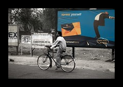 Xpress Yourself (if you can) (janchan) Tags: poverty africa street city portrait retrato nigeria ritratto contrasts kano reportage fulani povert pobreza hausa whitetaraproductions