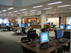 Information Commons (highlinelibrary) Tags: plaza library computers biblioteca highline hcc informationcommons highlinecommunitycollege librarytour highlinelibrary plazalevel maktabad hcclibrary ll100