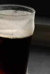 three o' clock beer (dogfaceboy) Tags: beer bier pint pintglass marzen threeoclock degroens threethings degroensmarzen 300beer threeoclockbeer frostypintclass 3taw5