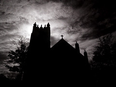 the church (Trazy) Tags: church minnesota ir stpaul spooky infrared saintpaul tcwin lutheranchurchoftheredeemer