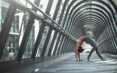 (dimitryroulland) Tags: nikon d600 paris france natural light pont bridge yoga yogi sport fit performer art artist flexible people flexibility blue dimitryroulland 85mm 18