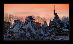 La fontaine des Girondins (Jean-Louis DUMAS) Tags: fontaine statue sunset sunrise sun sky ciel bordeaux animal